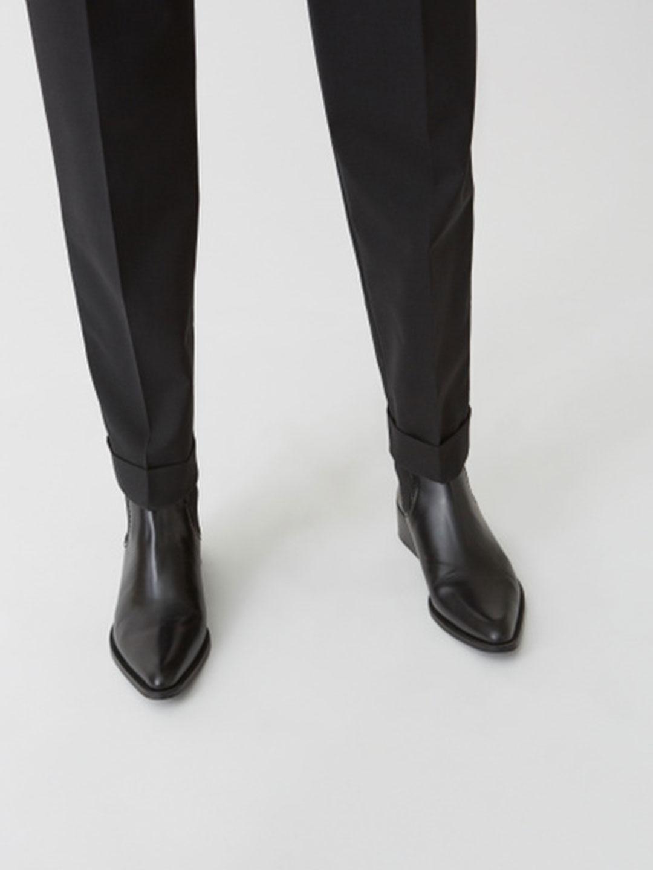 A1012-Star-Trousers-Hope-Sthlm-Black-Close-Up-Cuff