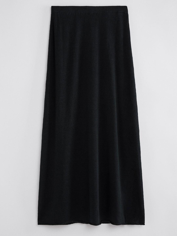 A1083-Hilary-Skirt-Filippa-K-Black-Front-Flat-Lay