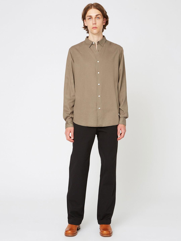 B1350-Air-Clean-Shirt-Hope-Sthlm-Olive-Front-Full-Body