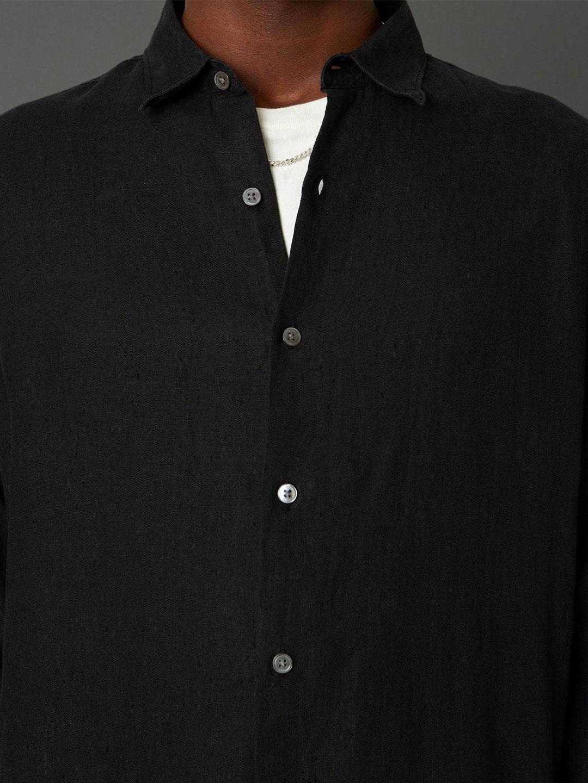 B1388-Air-Clean-Linen-Shirt-Hope-Sthlm-Black-Front-Close-Up-Fabric