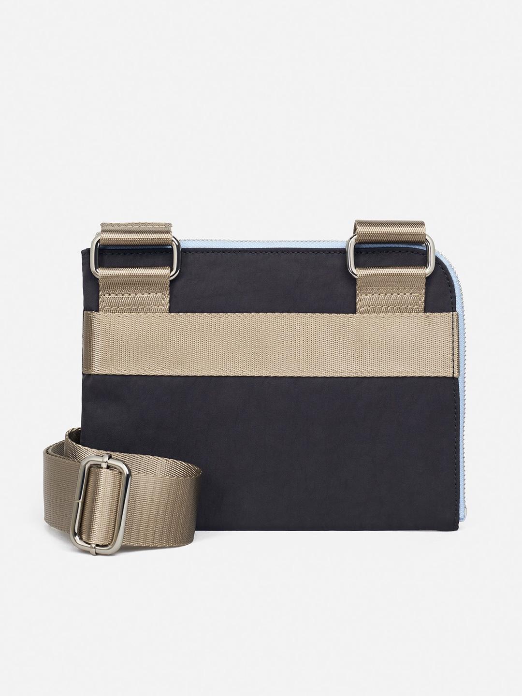 C1003-Ital-Bag-Hope-Sthlm-Black-Product-Shot-Back