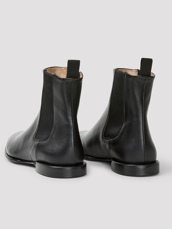 C1016-Fallon-Low-Chelsea-Boot-Filippa-K-Black-Back