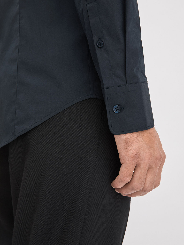S0008-Paul-Stretch-Shirt-Filippa-K-Navy-2-Back-Close-Up-Sleeve