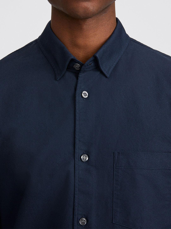S0014-Tim-Oxford-Shirt-Filippa-K-Navy-2-Front-Close-Up